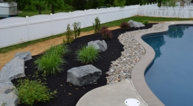 1_Pool-Landscaping1