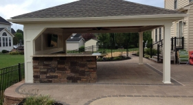 Patio Cover with Outdoor Bar