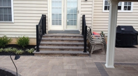Techo Bloc Mini Creta Steps and Blu 60 Pavers