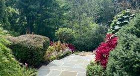 Flagstone-Walkway-steps