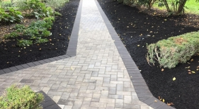 Two Toned Paver Walkway