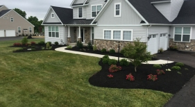 Front-House-Landscaping