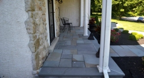 front-entryway-landscaping